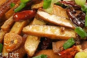 干煸豆干的家常做法 一道超下饭的家常菜