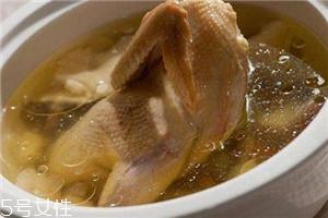 冬天喝鸡汤还是鸭汤?鸡汤和鸭汤各有优点