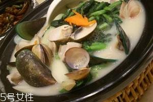鱼汤可以和菠菜一起吃吗 搭配促进吸收