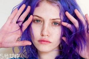 自己在家染发有伤害吗?应选用大牌染发剂