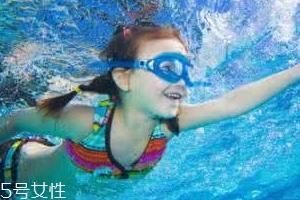 游泳时为什么尿意更重?心理生理双重原因