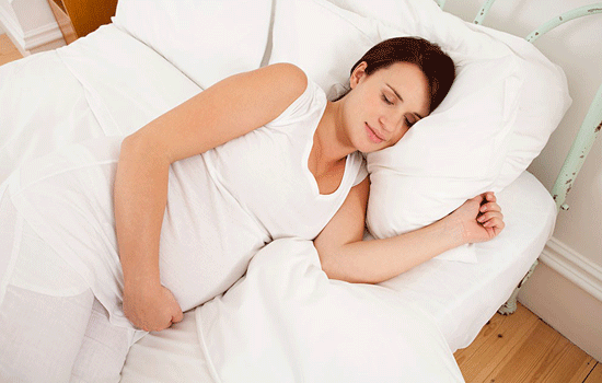 孕妇左侧睡好还是右侧睡好 左侧睡最舒适