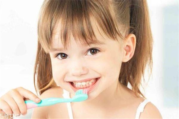 儿童牙齿涂氟注意事项 这8点要知道