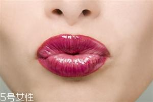 漂唇颜色太深怎么回事?这样避免漂唇的副作用
