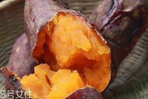 微波炉烤红薯可以用保鲜膜吗 微波炉保鲜膜烤红薯方法