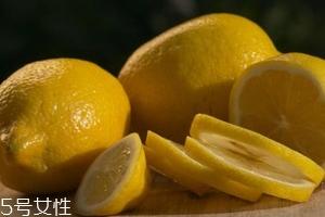 柠檬精油能美白吗?强效对抗黑色素
