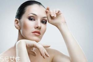 皮肤不吸收护肤品怎么回事?光用乳液面霜远远不够