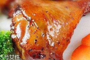 微波炉烤鸡腿用锡纸吗 美味鸡腿烤法