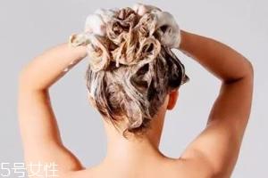 油性发质要每天洗头吗?秋冬完全不需要