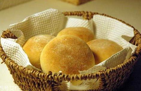 微波炉烤面包用什么火 微波炉烤面包注意事项