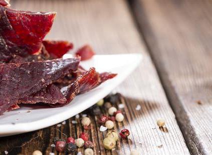 高血压能吃牛肉干吗 高钠食物要少吃