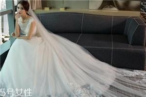 中式秀禾服和西式婚纱哪个好看?打造完美新娘