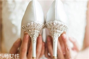 bella belle是什么档次?千元级别的小众婚鞋