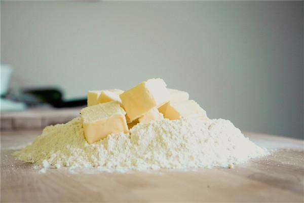 奶油怎么快速软化 快速软化奶油诀窍