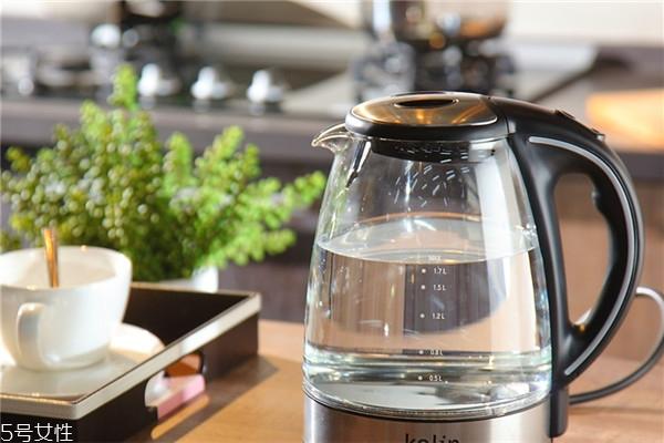 电热水壶里的水垢怎么去除 跟水垢说拜拜