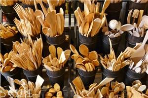 木制餐具厨具怎么清洁保养