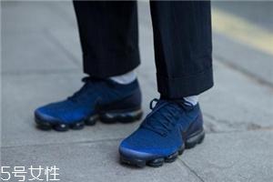 运动鞋好还是皮鞋好?不同场合不同需求