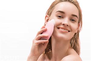 luna洗脸仪导入功能是涂护肤品前还是后 护肤效果很好