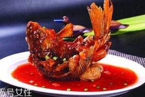 糖醋鱼用什么鱼做好吃 糖醋鲤鱼食谱推荐