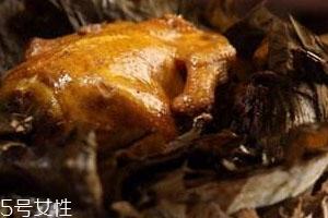 叫花鸡用什么叶子包 荷叶包的清香