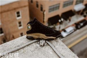 运动鞋鞋边破了怎么办?巧妙修补不浪费