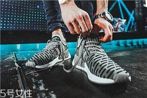 运动鞋磨脚踝怎么办?要及时处理