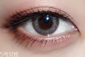 棕色眼影怎么画好看?作为最后的晕染色