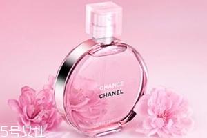 浓香水和淡香水哪个好?淡香水男女都能用