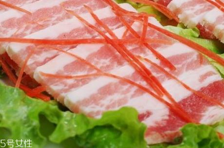 五花肉热量高吗 减肥期间不宜食用