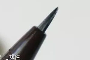 液体眉笔有什么缺点?不易操作不适合新手
