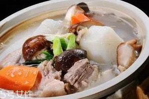 羊肉汤可以放香菇吗 香菇羊肉汤食谱