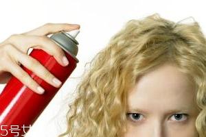 啫喱水和发胶的区别 啫喱水效果自然但不持久