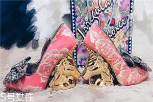 irregular choice鞋子多少钱?高跟鞋中的泥石流