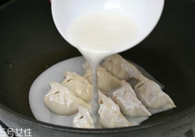 水饺的吃法有哪些 4种常见水饺吃法