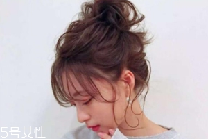 扎发型的多种扎法 3种简单扎发优雅又减龄