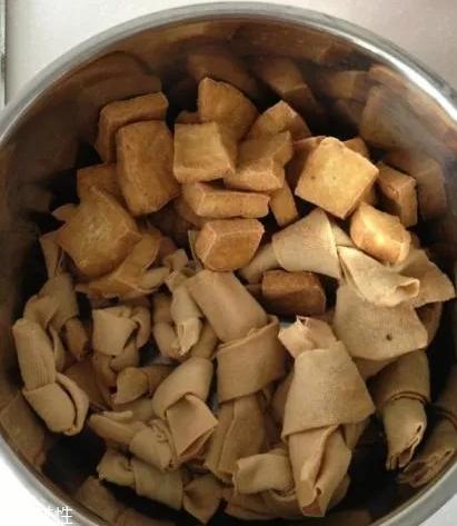 豆腐皮能油炸吗?火候太猛容易炸糊