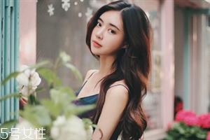 韩式裸妆化妆步骤图解 上班族女性淡妆的画法