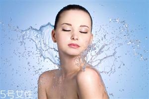 化妆后能用喷雾保湿吗 为肌肤保持水润度