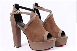 高跟鞋一般多少厘米?6厘米以内最舒服