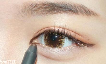 韩式复古妆容画法图片