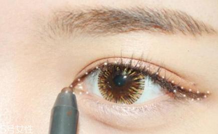 韩式妆容画法教程图片