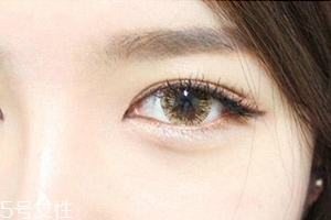 清纯韩式裸妆画法步骤图 白皙迷人的妆容教程