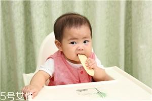 宝宝多大可以喝白开水 1岁以后