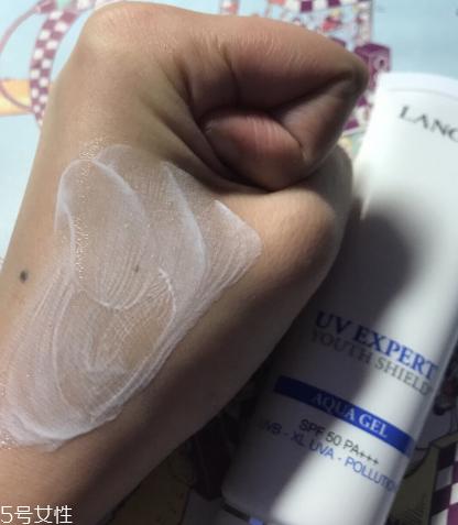 兰蔻空气感防护乳适合什么肤质 痘痘肌适用的防晒