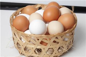 鸡蛋里有血能吃吗 鸡蛋里有血丝是怎么回事