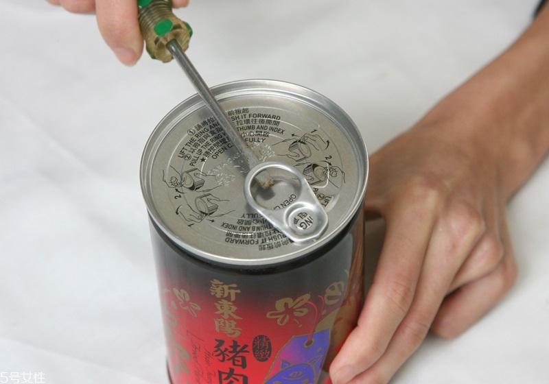 罐头打不开怎么办 开罐头的技巧