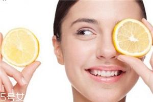 柠檬汁可以去黑头吗 柠檬汁不可以直接敷脸