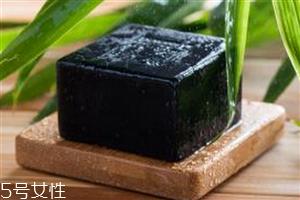 竹炭手工皂能去黑头吗 竹炭手工皂的使用方法