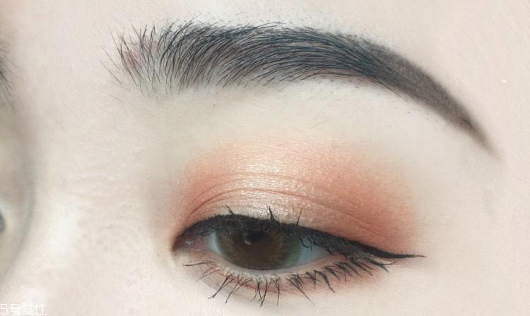 眼妆怎么画显眼睛大图图片