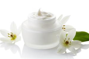 保湿霜有什么作用 为肌肤注入水分